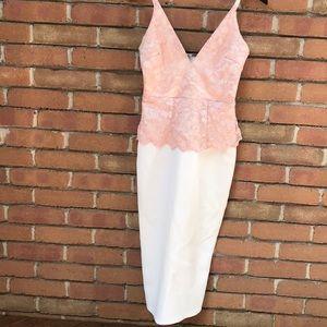 Stunning lace midi dress